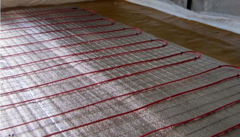 термоизоляция под электрическим полом